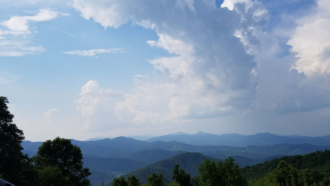 Living Life as a Lifestyle Entrepreneur Blue Ridge Mountains