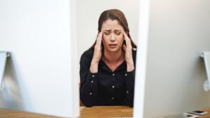 8 Common Habits of Unproductive People